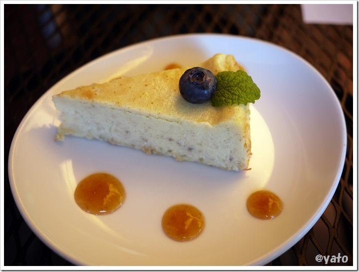 阿里山カフェ ベイクドバナナチーズケーキだっけ