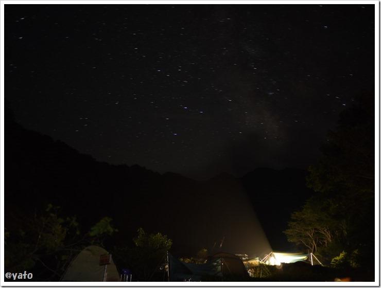 銀山平キャンプ場 テントと星空