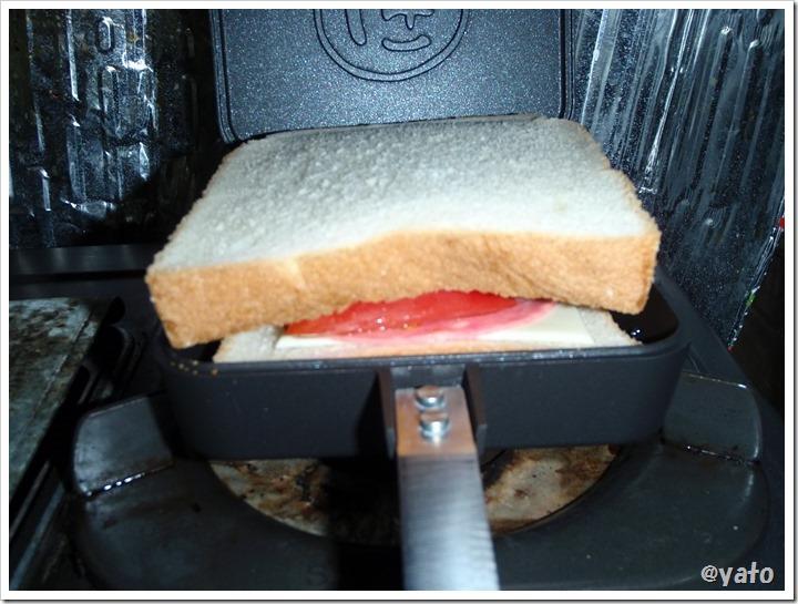 タルサタイムマルチホットサンドイッチメーカー はみでる