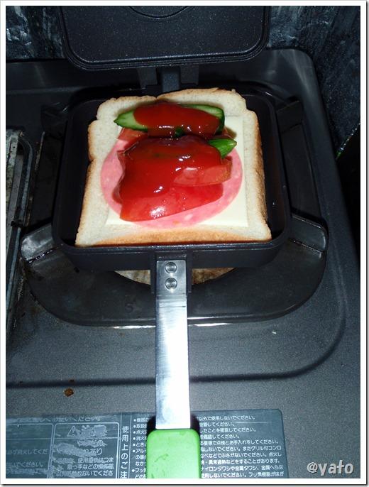 タルサタイムマルチホットサンドイッチメーカー 焼く